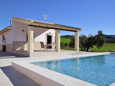 Photo for Attractive and nice holiday home with private swimming pool in a beautiful area