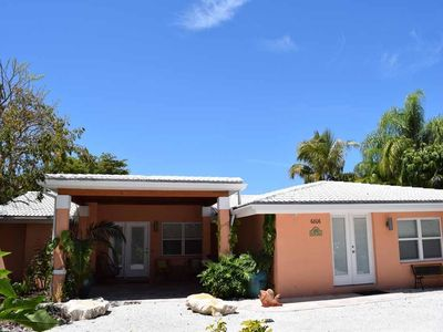 Photo for Ground Level 2BR 2BA 3 Blocks from Beach, PRIVATE Pool Overlooking Lake, Lanai