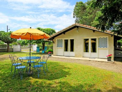 Photo for Vacation home in Linxe, Aquitaine - 4 persons, 1 bedroom