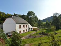 The property is centrally located in the Eifel, so you can go. Many sides The ow ...