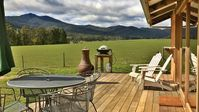 A beautiful location, welcoming hosts and the property was wonderful