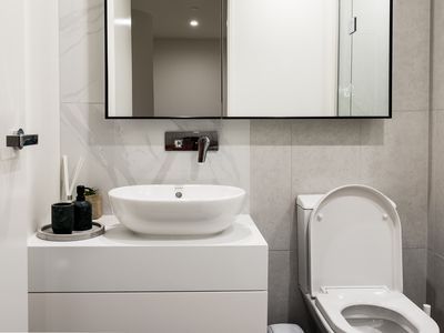 Photo for 5 Stars Luxury 2BR 2BTH Parque Serviced Apartment
