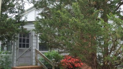 907 Bayshore - Large home in Broadkill.  Just a block to the beach!