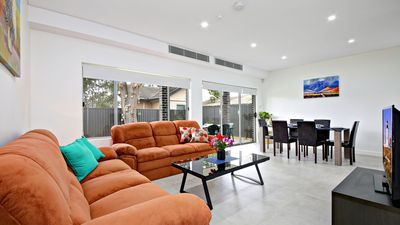 Photo for Modern 5 Bdrm Home, Close to Sydney CBD, Sleeps 10 - Great Value for Large Group
