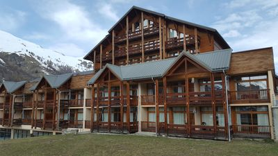 Photo for Valloire: Residence 5 minutes from the slopes -Piscine-sauna Apartment 8-10 per