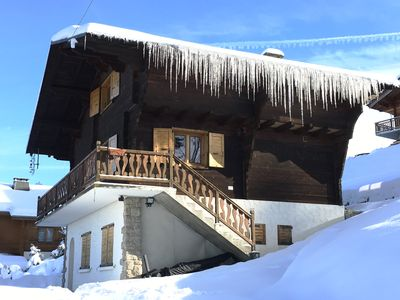 Photo for BEAUTIFUL WOOD CHALET OF CHARACTER