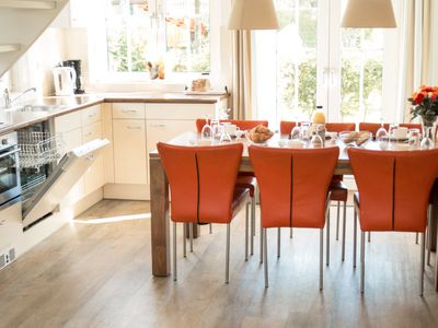 Photo for Vacation home Bungalowparck Tulp & Zee in Noordwijk - 6 persons, 3 bedrooms