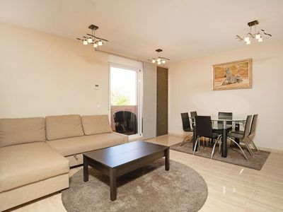 Photo for Lovely apartment for 7 guests with WIFI, A/C, pool, TV, balcony and parking
