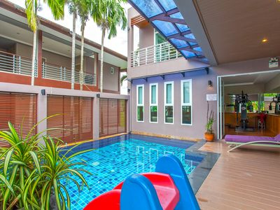 Photo for ⭐️Lakeview 25BR Private Villa⭐️