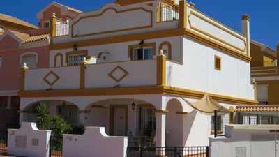 Photo for 3 twin bed house, by the sea, large pool, mountain views, 5 mins walk to beach.