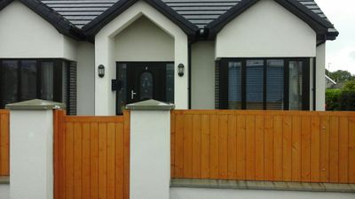 Photo for Seaside home close to Mourne Mountains and accessible to main town centre
