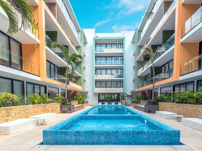 Photo for Beautiful 2 Bedroom with Rooftop Pool - Marimar
