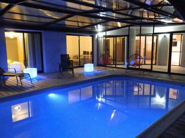 DOELAN, Villa **** 12 p ,, heated indoor pool, spa, sauna, pool
