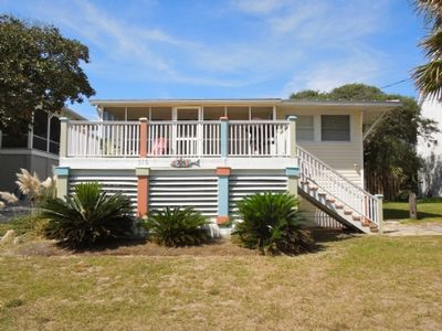 Photo for Perfect Vacation Location And Pet Friendly Too.  1 Block To The Beach!