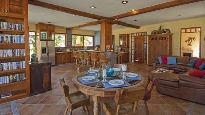 Open concept kitchen, living room & dining room