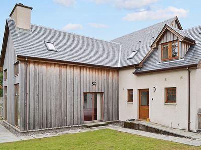 Photo for 4 bedroom accommodation in Dalwhinnie