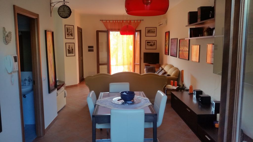 Star bene in Sicilia!Amalia la proprietaria... - HomeAway
