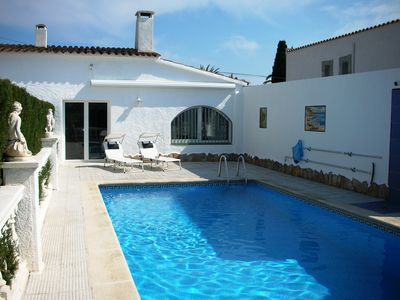 Photo for Villa with pool and boat mooring (both private use) in Empuriabrava