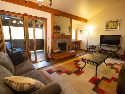 Photo for Aspens condo, 1 bedroom with loft, upstairs unit 1179 sq ft