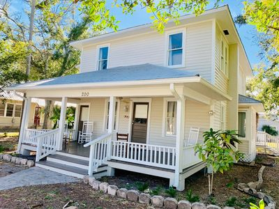"Photo for ""Suite B"" Beautiful 1 bd/1 ba unit ideally located in the historic district of NSB!"