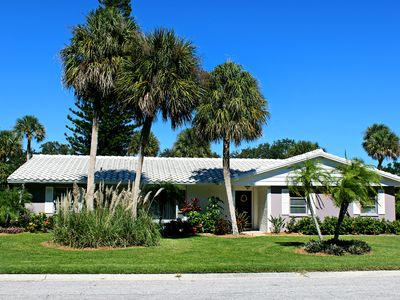 Photo for Come Stay in Paradise - Sit, Relax and Enjoy Siesta Key