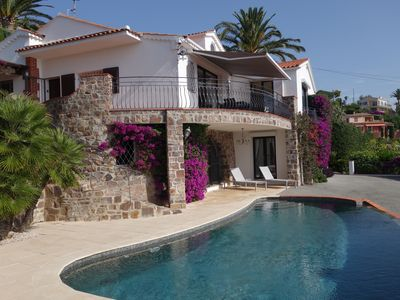 Photo for Splendid villa air-conditioned and reassured. Private domain. Sea view. Heated pool