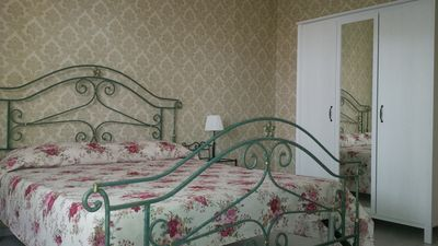 Photo for Finely furnished apartment - 500 meters from the walls - 4 beds