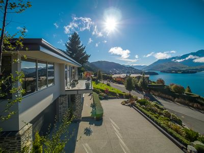 Photo for Panoramic Views, 4 bed 4.5 bath, close to Queenstown