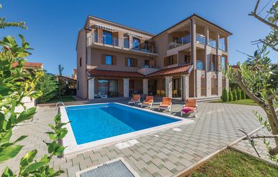 Photo for Beautiful villa with swimming pool, 300m from the beach, sea views, barbecue, wifi