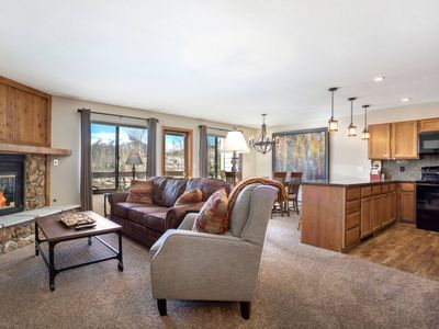 Photo for Minutes From it All! Newly Furnished - Mountain Views -Hot Tub - Gas Fireplace - King in Master