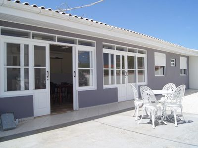 Photo for House with 2 bedrooms, both with air conditioning and with barbecue.