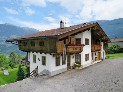 Photo for Apartment Haas (ZAZ772) in Zell am Ziller - 4 persons, 1 bedrooms