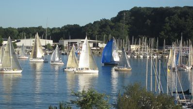 View sailboat races from your screened  front porch!