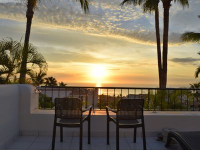 Photo for Spectacular Sea Views from Lomas de la Jolla