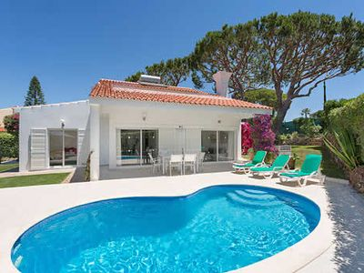 Photo for 3 bedroom villa in quiet location, private pool, BBQ & free pool towels