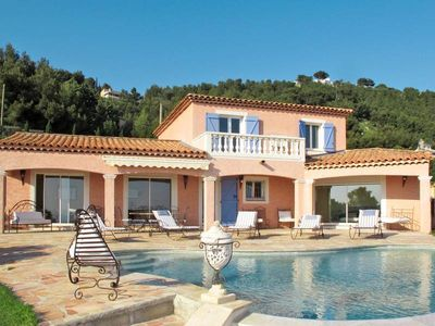 Photo for Vacation home Villa Rose  in Carqueiranne, Côte d'Azur - 10 persons, 5 bedrooms