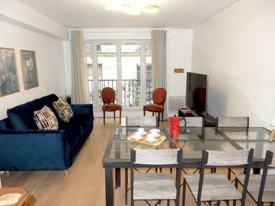 Photo for Central charming Apt  Montmartre South Pigalle for 9 guests
