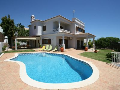Photo for 4 bedroom Villa, sleeps 9 with Pool and Air Con