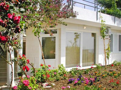 Photo for Apartments Villa Nada, Podgora  in Mitteldalmatien - 2 persons, 1 bedroom