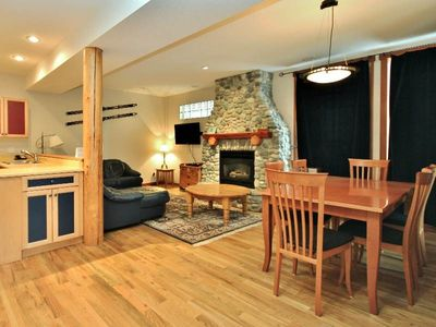 Photo for Ski-in 3 level townhouse with BBQ, deck, kitchen, wifi and mountain views - 5 min to hot tubs: PP20