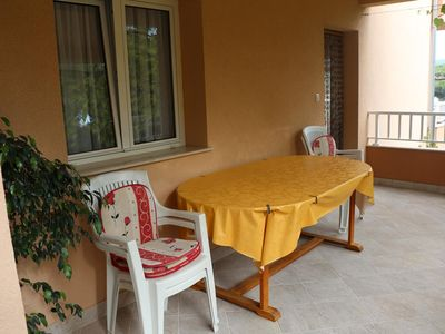Photo for One bedroom apartment with terrace and sea view Basina (Hvar) (A-12420-b)