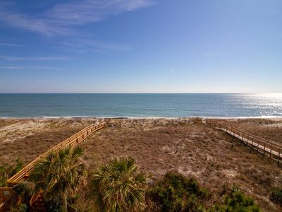 Photo for Perfect for you family reunion, private decks, pool, elevator, plenty of parking!