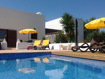 Photo for Rural Algarve Villa  with Private Pool/ Free Wi-Fi near Silves Golf and Beaches