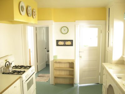 Photo for Charming 2BR Cape-style in Silver Lake with Sun Porch And Views