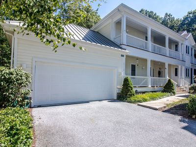 Photo for 55112: Rare 4BR+L Sea Colony West Home | Comp linens! Beach, pools, tennis ...
