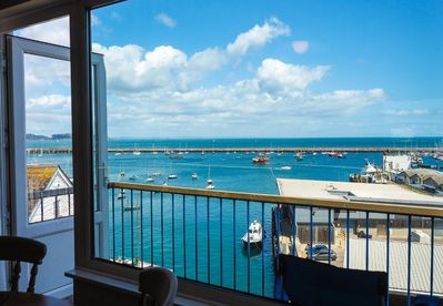 Panoramic sea views from the balcony and lounge