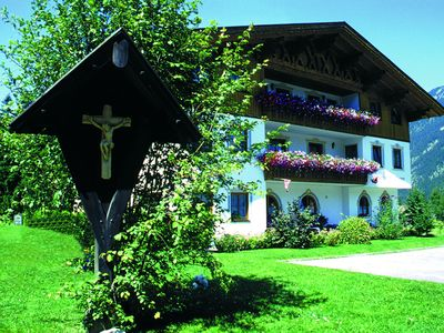 Photo for Perfectly located apartment for an excellent holiday in the Zugspitz Arena