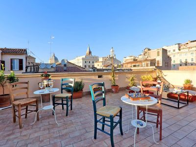 Photo for Wonderful terrace in the real heart of Rome!