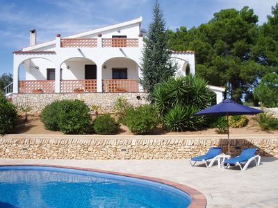 Photo for Stunning 4 bedroom country villa with private pool, 5 minutes from L' Ampolla.