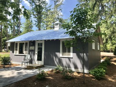 Photo for Charming, Fully Updated Cottage in Downtown Glen Arbor - Acc 6!